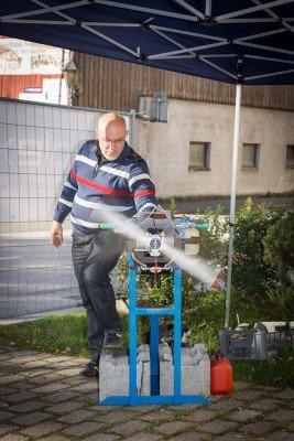 Stanislav Fiala präsentiert seine Motoren