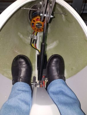 Dank des geringen Motorstroms bekommt der Pilot keine heißen Füße